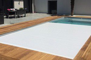 couverture piscine discrète