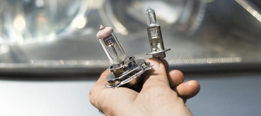 Ampoules de rechange voiture